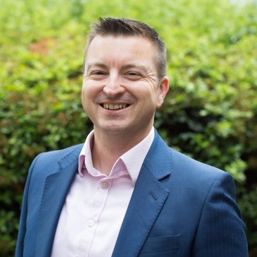 Ian Walker PDipBPM, AIFS